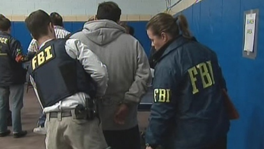 Federal agents arrested more than 100 suspected mobsters in New York City, New Jersey and New England in pre-dawn raids on Thursday (Fox News).