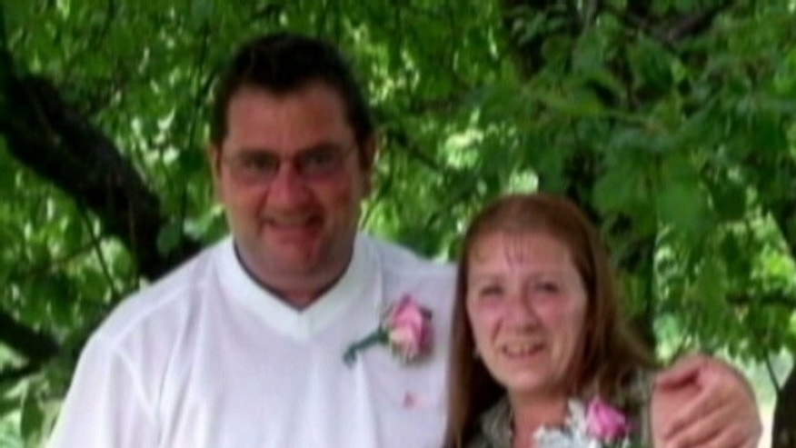 "Missing Vermont couple: Bill Currier is described as a 49-year-old white male approximately 6' tall 220 pounds. Lorraine Currier is a 55-year-old white female 5'03"" approximately 160 pounds with brown hair."