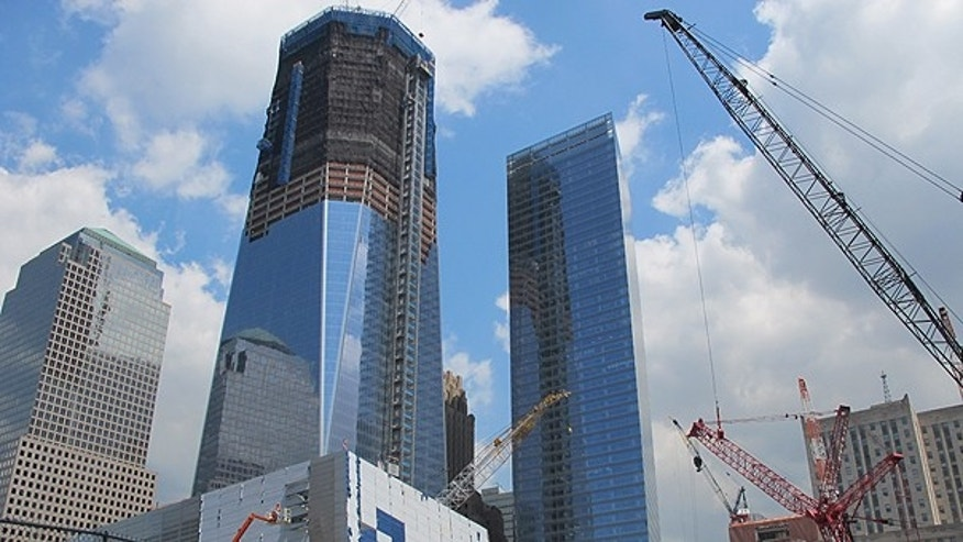 At right, 7 WTC, and 1 WTC under construction at left.