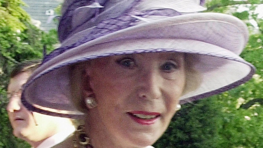 May 12, 2004: German socialite, Viola Drath, at the annual Woodrow Wilson home garden party and hat contest in Washington. Drath's husband, Albrecht Muth, is due in court to face charges that he killed the much-older woman in their million-dollar Washington home. Forty-seven-year-old Muth was scheduled to appear before a judge after his arrest for second-degree murder.