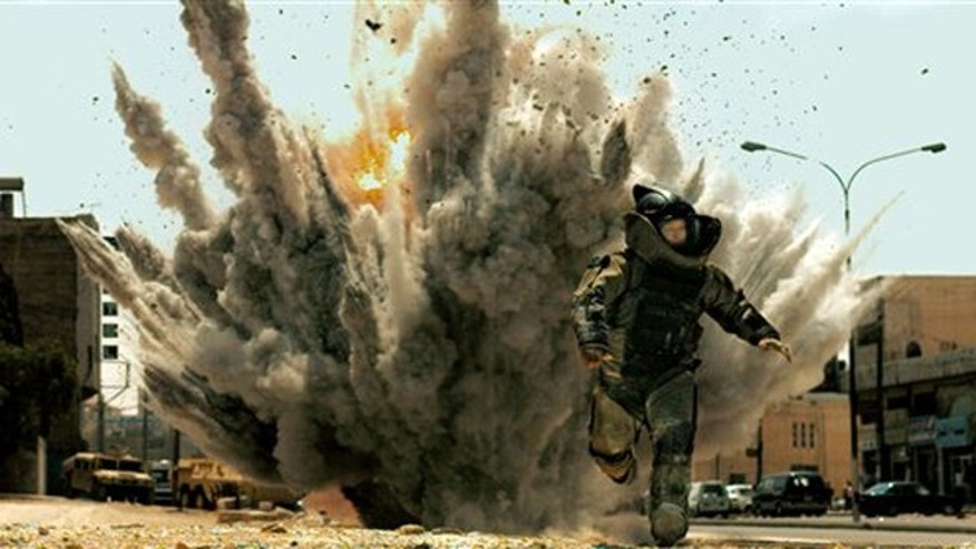 "In this film publicity file image released by Summit Entertainment, Jeremy Renner is shown in a scene from, ""The Hurt Locker."""
