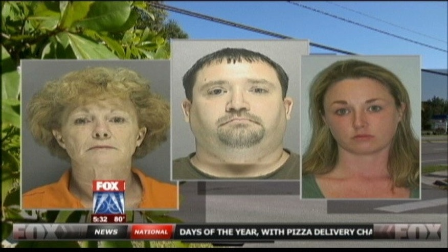 Police in Florida say they are searching for a family of four believed to have disappeared from a motel.