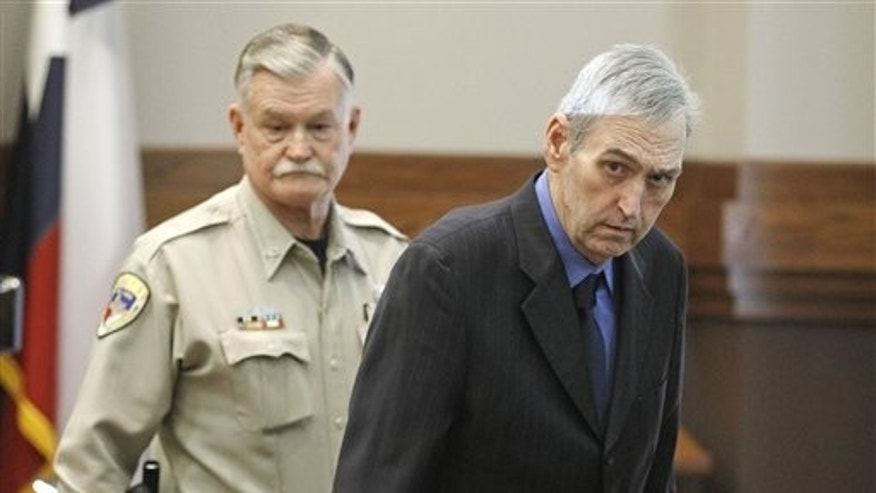 Feb. 14: Jeff Maxwell, right, enters Judge Trey Loftin's Weatherford, Texas courtroom.