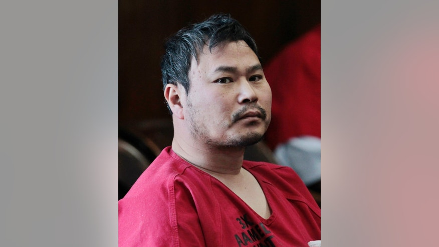 FILE - In this April 30, 2012, file photo, One Goh appears in an Alameda County Superior courtroom in Oakland, Calif. A judge ruled on Monday, Jan. 7, 2013, that Goh, accused of killing seven people at a small Northern California Christian college, is not mentally fit for trial. A public defender representing Goh said a psychiatrist has determined that he suffers from paranoid schizophrenia that dates back several years. (AP Photo/Paul Sakuma, File)