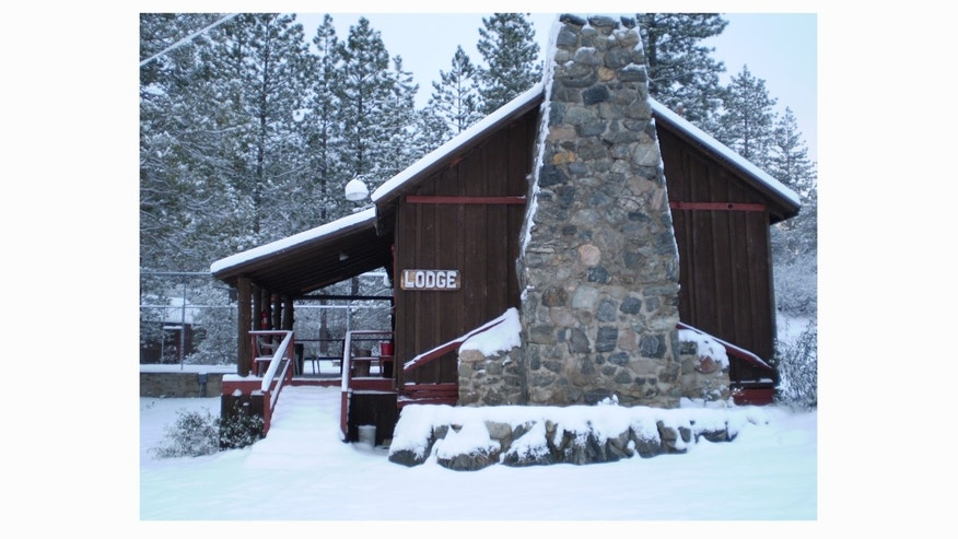 The dwelling was the main lodge of a 9 cabin lodging facility called 7 Oaks Mountain Cabins where Owner Candice Martin had purchased in 2004 as a place where here family could gather for holidays and other functions.