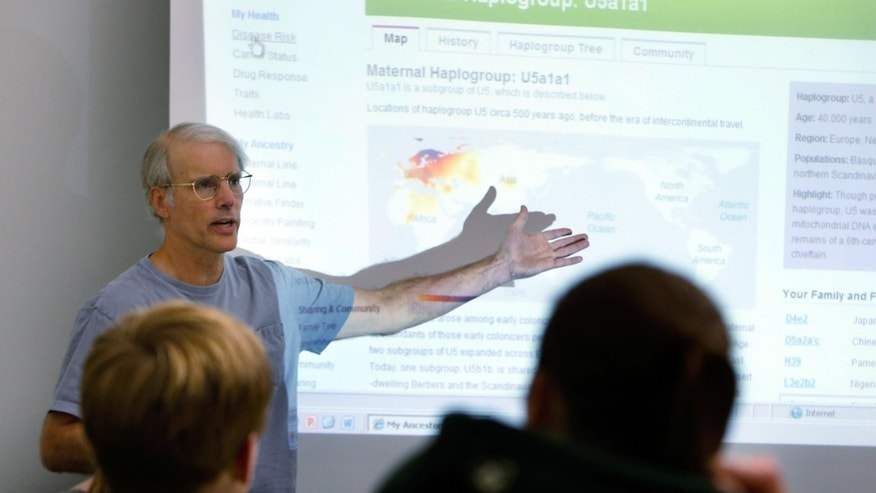 Oct. 29, 2012: University of Iowa professor Jeff Murray talks about his genetic profile during his honors seminar on personal genetics.
