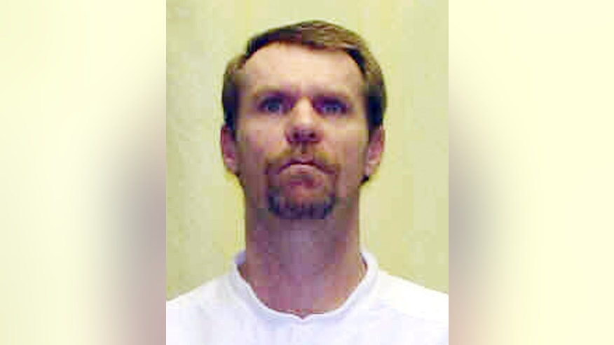 This undated photo released by the Ohio Department of Rehabilitation and Corrections shows Steven Smith. Smith, a condemned Ohio killer is making an unusual plea for mercy ahead of his scheduled execution next month. Attorneys for Steven Smith tell the state parole board that while he intended to rape his girlfriend's 6-month-old daughter, Smith never intended to kill the girl. (AP Photo/Ohio Department of Rehabilitation and Corrections)