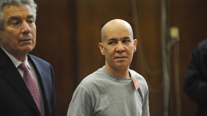 In this Nov. 15, 2012 file photo, Pedro Hernandez, right, appears in Manhattan criminal court with his attorney, Harvey Fishbein, in New York. Hernandez, who confessed to killing a long-missing New York City boy Etan Patz, has filed papers on Wednesday, April 17, 2013, to throw out the murder case against him.  Fishbein says the man's confession was false and argues there's not enough evidence to support it.