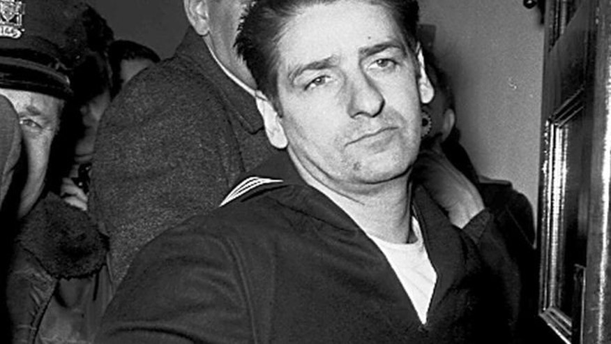FILE 1967: Self-confessed Boston Strangler Albert DeSalvo minutes after his capture in Boston.