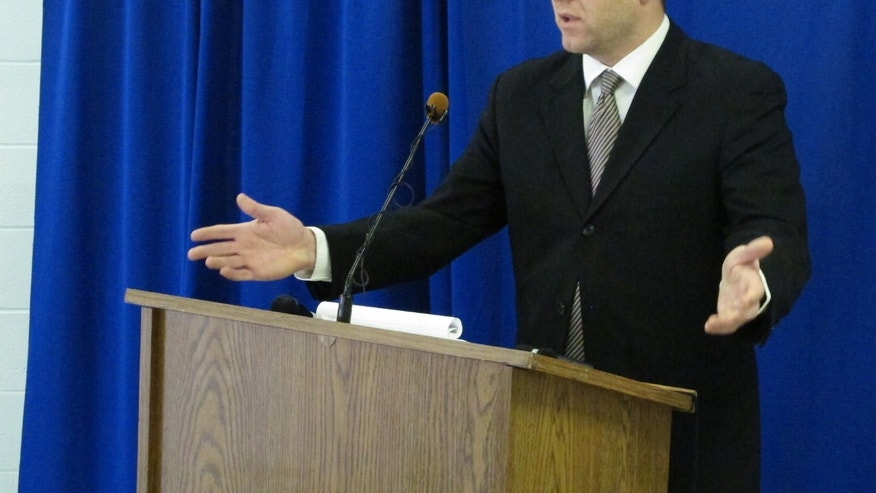 "Federal public defender Allen Bohnert talks about the execution of his client, death row inmate Dennis McGuire, by a never-tried lethal drug process, on Thursday, Jan. 16, 2014 at the Southern Ohio Correctional Facility in Lucasville, Ohio. After McGuire repeatedly gasped over several minutes before dying, Bohnert called the procedure ""a failed agonizing experiment by the state of Ohio."" (AP Photo/Andrew Welsh-Huggins)"