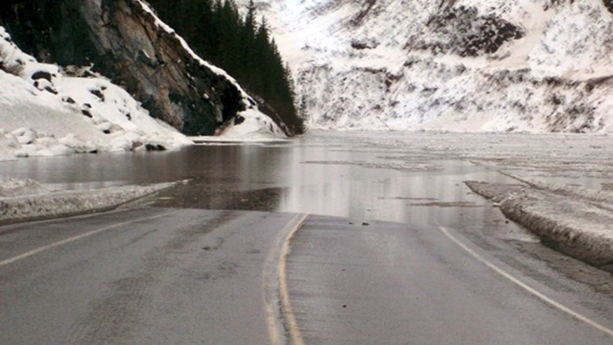 Jan. 24: Multiple avalanches that crossed the Richardson Highway in the Thompson Pass region of Valdez, Alaska, causing flooding.