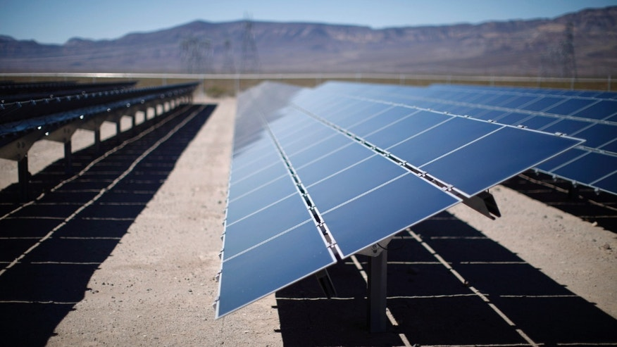 March 21, 2012: Solar panels are pictured in the Nevada Desert at the Copper Mountain Solar Project in Boulder City, Nevada. (Reuters)