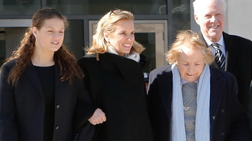 Kerry Kennedy, second from left, walks with her mother, Ethel Kennedy, right, as she leaves the Westchester County Courthouse, Friday, Feb. 28, 2014 in White Plains, N.Y. Kennedy was acquitted Friday of drugged driving after she accidentally took a sleeping pill and then sideswiped a truck in a wild highway drive in July 2012, she said she didn't remember. (AP Photo/The Journal News, Tania Savayan)  NYC OUT, NO SALES, ONLINE OUT, TV OUT, NEWSDAY INTERNET OUT; MAGS OUT