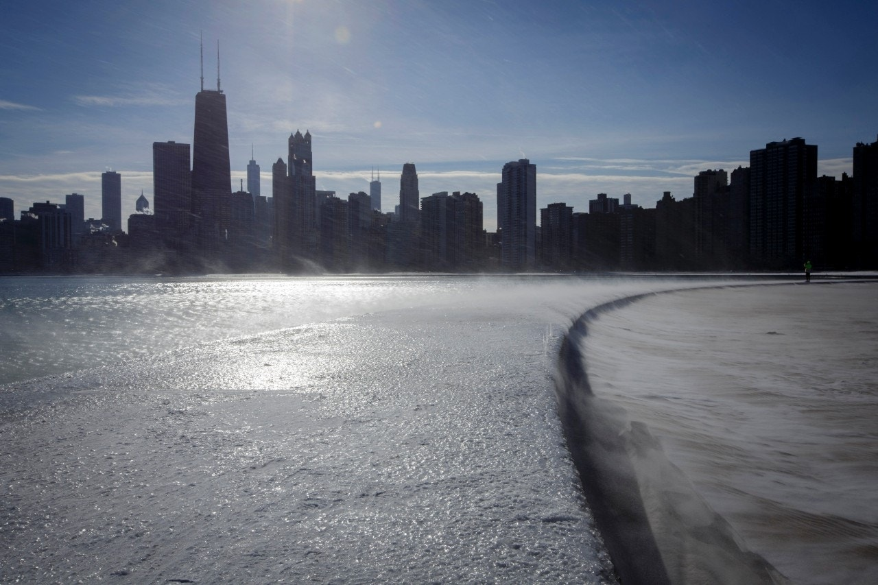 Deep freeze means rare rise in Great Lakes water levels