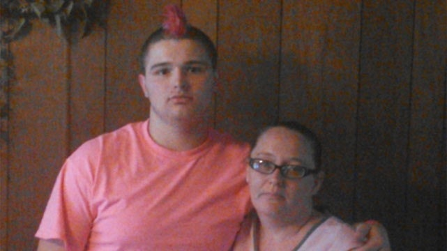 Teen banned from track meet over pink Mohawk to support cancer-stricken mom