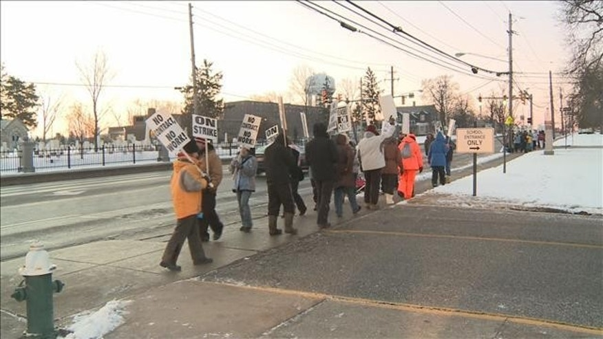 Public schools teachers in Strongsville, Ohio, went on strike for two months last year. (AP)