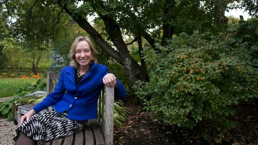 "FILE - In this Monday, Oct. 7, 2013 file photo, author Doris Kearns Goodwin poses for a portrait at her home in Concord, Mass. Goodwin is the nonfiction winner of the Andrew Carnegie Medal for her book on the progressive era of the early 20th century, ""The Bully Pulpit."" (AP Photo/Steven Senne, File)"