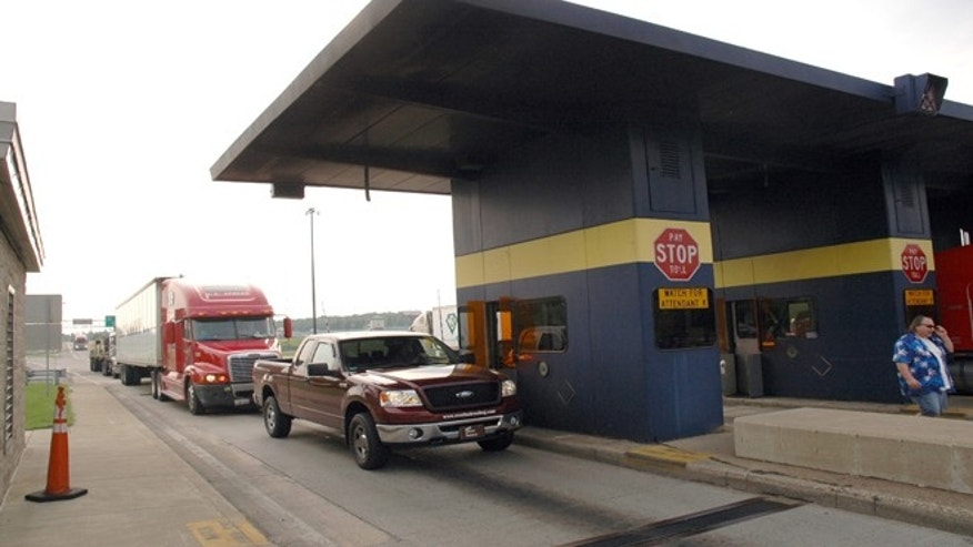 The state agency that oversees the Indiana Toll Road has given the tollway's private operator until late November 2014 to show that it's meeting its obligations to lenders amid reports the company may sell its toll road lease.