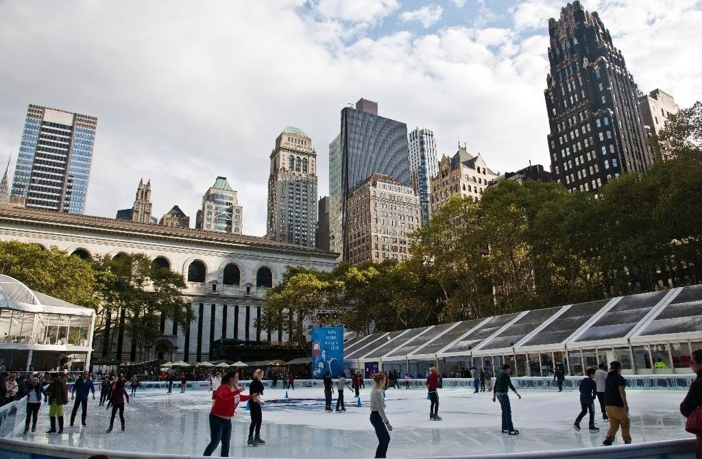 5 free things to see and do in nyc at christmastime from for Things to see and do in nyc