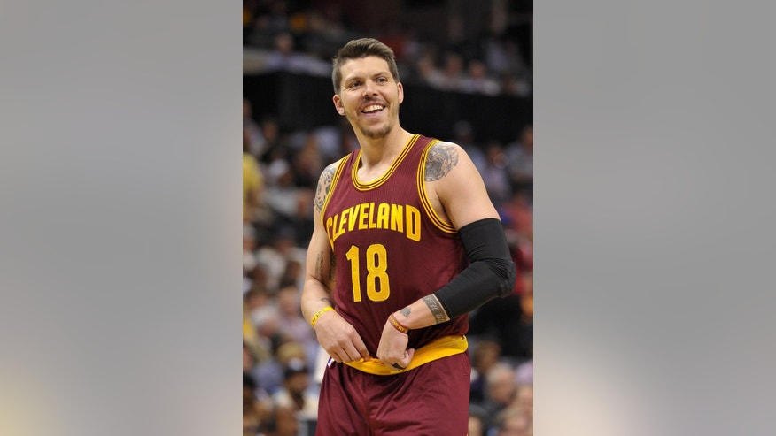 FILE-This Wednesday, Oct. 22, 2014 file photo shows Cleveland Cavaliers forward Mike Miller in a preseason NBA basketball game against the Memphis Grizzlies Wednesday, Oct. 22, 2014, in Memphis, Tenn. The government alleges that Haider Zafar defrauded players Mike Miller, James Jones and Rashard Lewis in 2013 by promising to invest $7.5 million in various business opportunities. Instead, prosecutors say, Zafar kept the money and used some of it to buy a $1 million, three-season Heat ticket package. A judge is preparing to sentence Zafar, who pleaded guilty in a multimillion-dollar scam involving the three former Miami Heat players and the team itself. (AP Photo/Brandon Dill, File)