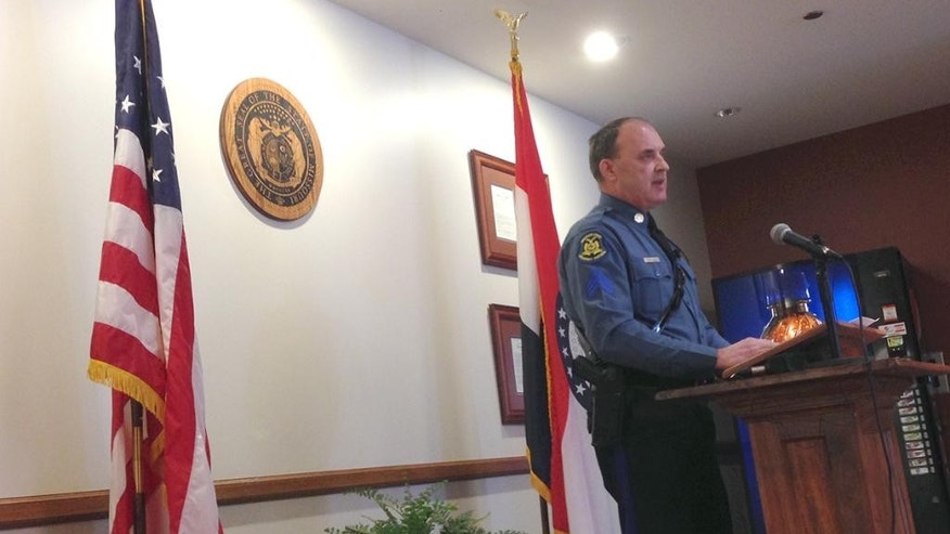 Sgt. Jeff Kinder of the Missouri State Highway Patrol addresses a news conference at the Texas County Justice Center in Houston, Mo., Friday, Feb. 27, 2015.  Authorities say multiple people were shot to death and one was wounded in attacks in a small southeastern Missouri town, and the suspected gunman was found dead from an apparent self-inflicted gunshot wound. (AP Photo/Houston Herald, Jeff McNiell)