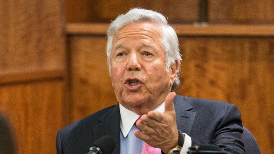 New England Patriots owner Robert Kraft testifies during the murder trial of former Patriots football player Aaron Hernandez, Tuesday, March 31, 2015, at Bristol County Superior Court in Fall River, Mass. Hernandez is accused of killing Odin Lloyd in June 2013.  (AP Photo/The Boston Globe, Aram Boghosian, Pool)