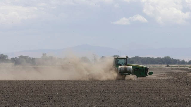 California farmers offer to give up portion of their water rights amid ongoing drought