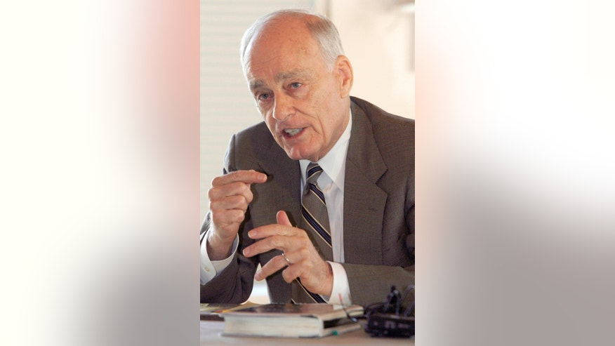"File-This Sept. 18, 2008, file photo shows Vincent Bugliosi speaking at a news conference in Burlington, Vt. The prosecutor in the Charles Manson trial who went on to write the best-selling true-crime book, ""Helter Skelter,"" has died. Bugliosi was 80 years old. His son Vincent Bugliosi Jr. tells the Associated Press Monday, June 8, 2015, that Bugliosi died of cancer Saturday at a hospital in Los Angeles. (AP Photo/Toby Talbot, File)"