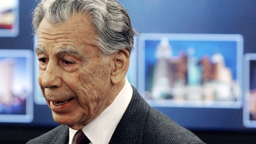 Feb. 25, 2008: Kirk Kerkorian, majority shareholder of MGM Mirage, speaks to the media at the Nevada Gaming Control Board hearing in Las Vegas.