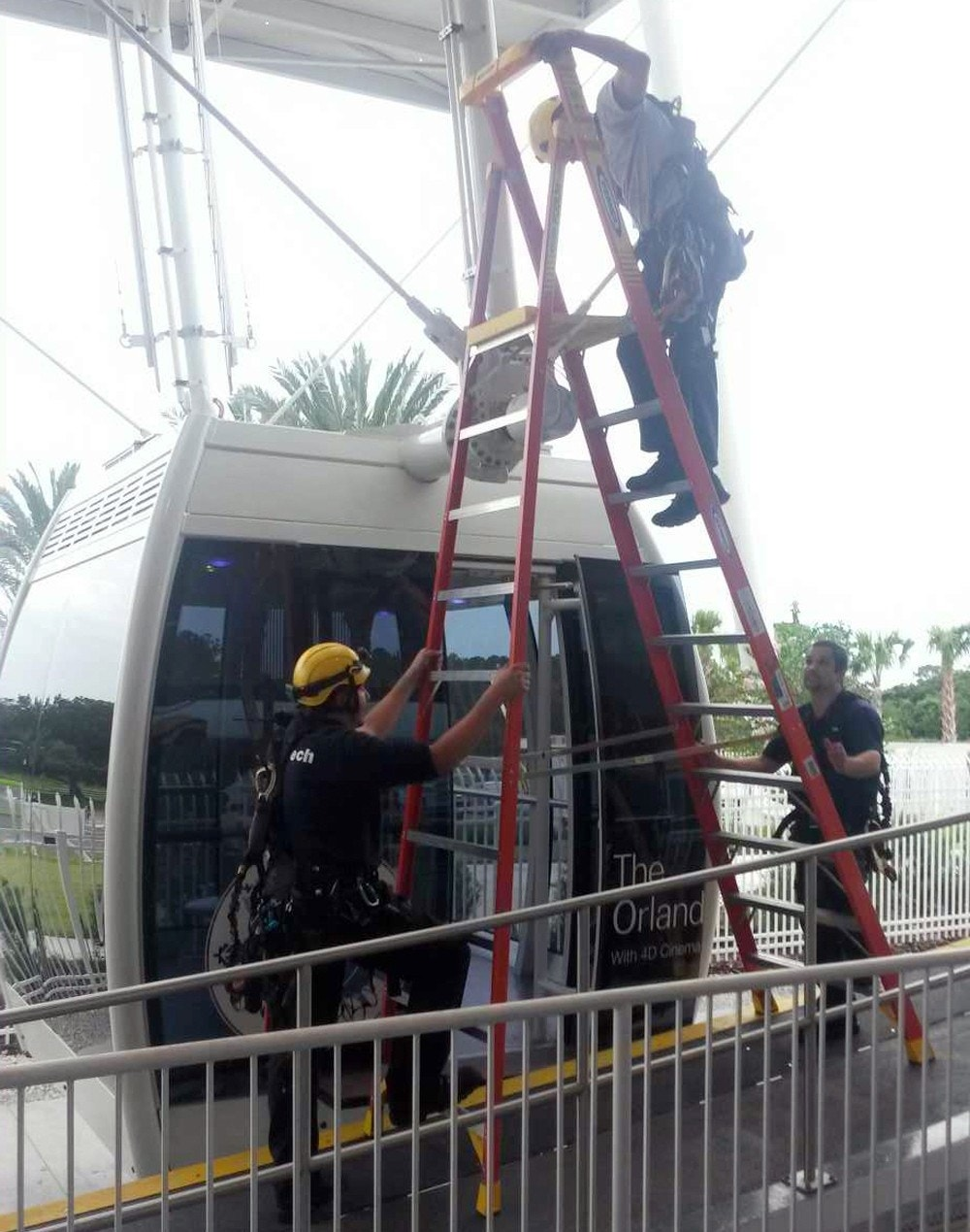 Authorities say all 66 riders safely evacuated after 400-foot Ferris wheel in Florida stops
