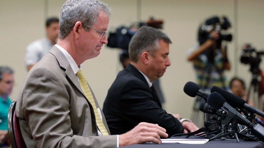 Sept. 9, 2015: Northside Independent School District Athletic Director Stan Laing, left, and superintendent Brian Woods, right, address an emergency meeting of the University Interscholastic League (UIL) State Executive Committee in Round Rock, Texas.