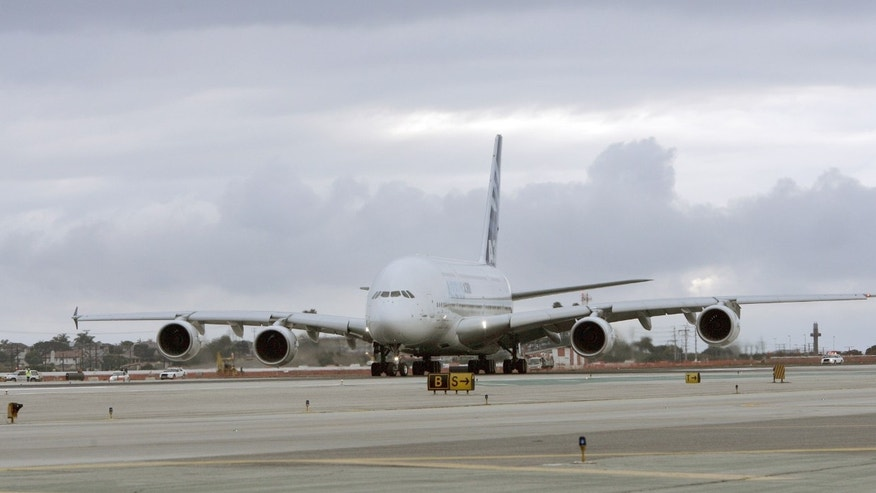 Los Angeles International Airport in 2007. (AP Photo/Kevork Djansezian)