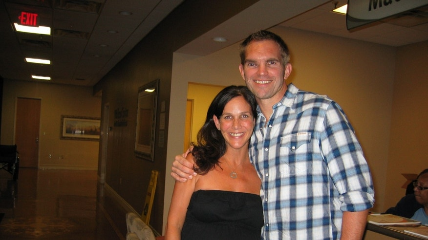 Gretchen and Aric Berquist at the hospital in Sept. 2011 (Berquist family via Lifezette)