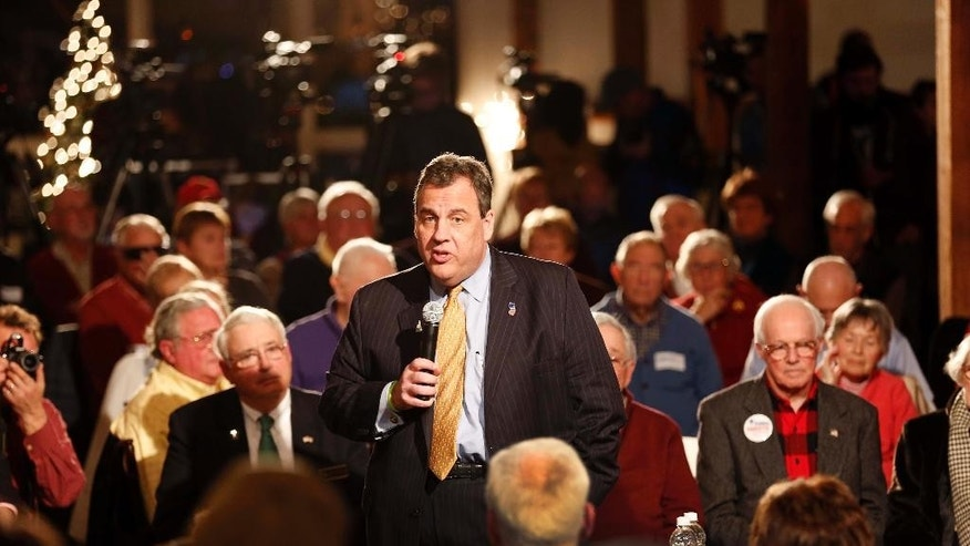 Republican presidential candidate New Jersey Gov. Chris Christie speaks at a campaign stop Friday, Dec. 11, 2015, in Wolfeboro, N.H. (AP Photo/Jim Cole)