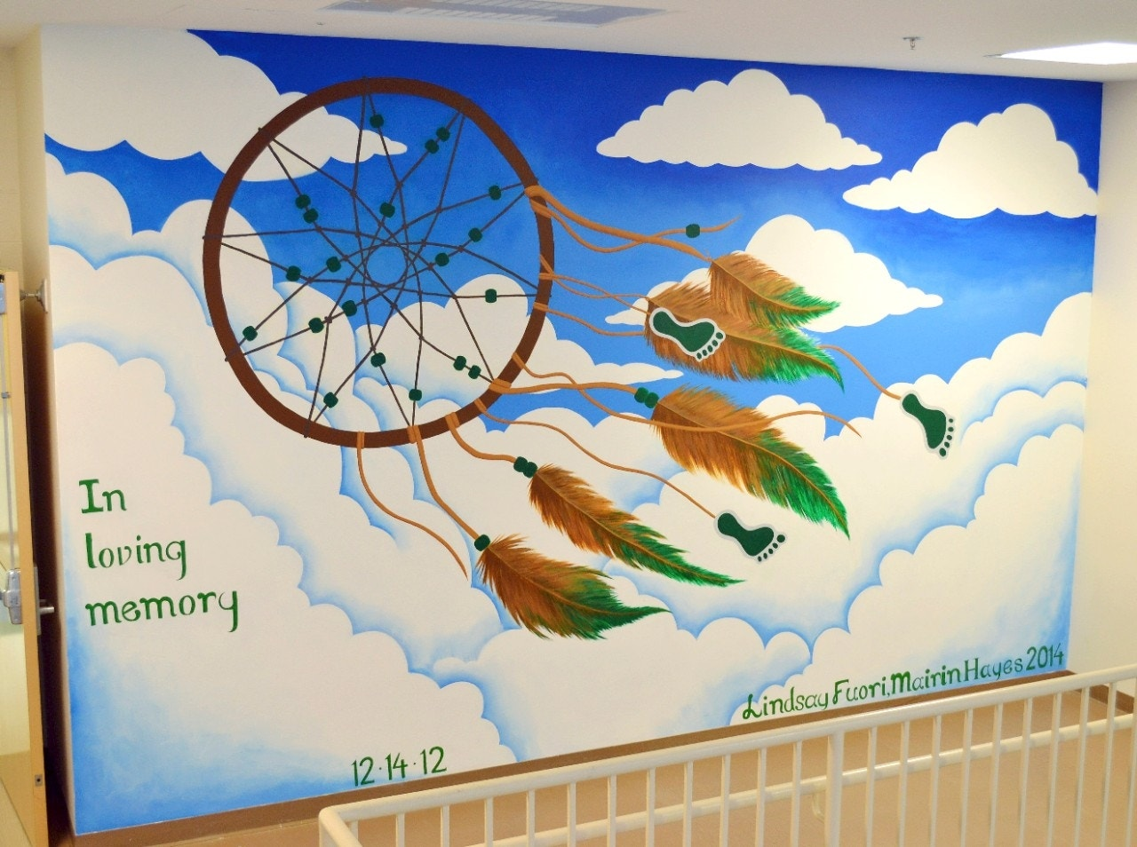 Newtown school covers sandy hook mural that upset students for Mural school