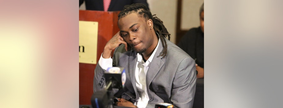 Dontrell Stephens, who was awarded $23 million by a federal jury last week after suing the Palm Beach County Sheriff's Office after he was left paralyzed in a 2013 shooting by a deputy, attends a news conference, Thursday, Feb. 11, 2016, in West Palm Beach. Fla. Stephens said Thursday he forgives the sheriff's deputy who shot and paralyzed him but would like an apology. (Carline Jean/South Florida Sun-Sentinel via AP)  MAGS OUT; MANDATORY CREDIT