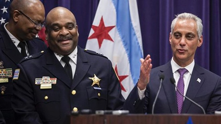 Mayor Rahm Emanuel, right, announces that he is appointing Eddie Johnson, the current Chief of Patrol, as the interim superintendent of the Chicago Police Department at CPD Headquarters in Chicago on Monday, March 28, 2016.