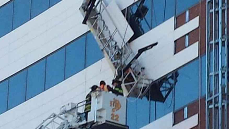 2 Window Washers Rescued From Scaffolding At Denver
