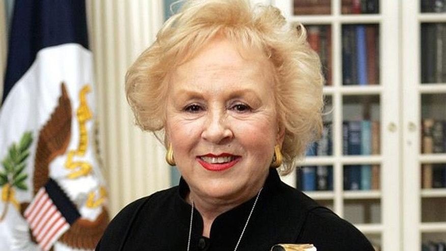 Actress Doris Roberts, smiles during a ceremony at the State Department honoring thAmbassadors, Tuesday, Dec. 13, 2004 in Washington.  (AP Photo/Manuel Balce Ceneta)