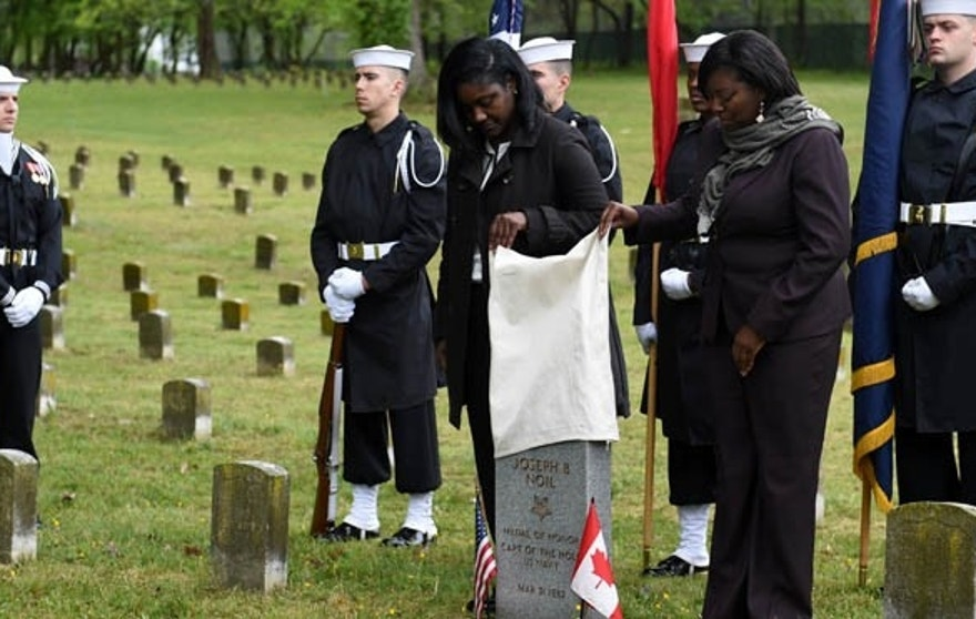 160429-N-TH437-134 