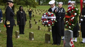 160429-N-TH437-144 