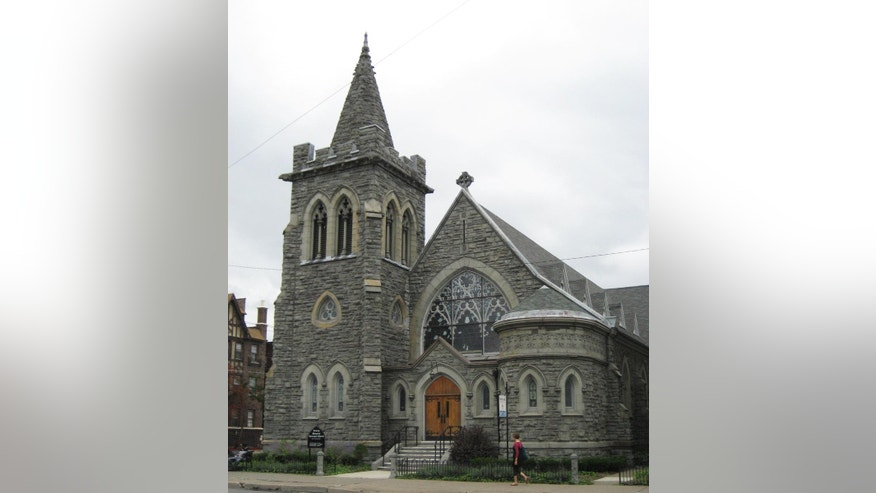 "This undated photo provided by the New York Landmark Conservancy shows the Trinity Memorial Episcopal Church in Binghamton, N.Y. It is one of the religious institutions across New York state showcasing their art, architecture and history during the New York Landmark Conservancy's annual ""Sacred Sites Open House Weekend,"" from May 21-22, 2016. (New York Landmark Conservancy via AP) MANDATORY CREDIT"