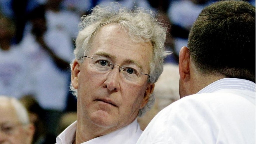 FILE - In this June 6, 2012, file photo, Chesapeake Energy Corp. CEO Aubrey McClendon attends Game 6 of the NBA basketball Western Conference finals, in Oklahoma City. Oklahoma City police say they found no evidence that the death of  McClendon in a vehicle crash a day after he was indicted by a federal grand jury was anything other than an accident. (AP Photo/Sue Ogrocki, File)