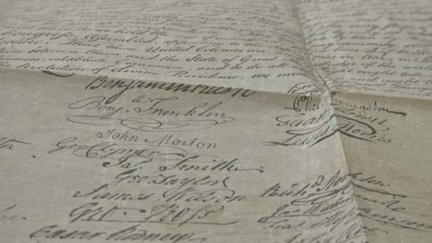 A copy of the Declaration of Independence stumbled upon by Las Vegas collector Kevin Kostiner. (FOX5 Las Vegas)