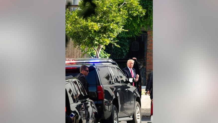 Republican presidential candidate Donald Trump arrives to meet with Republican House members at the Capitol Hill Club in Washington, Thursday, July 7, 2016. (AP Photo/Cliff Owen)