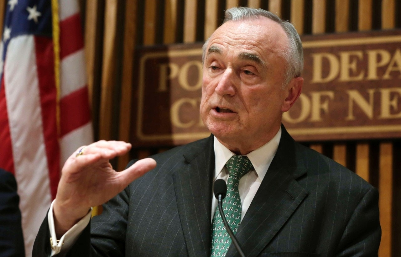 bratton says he won t remain nypd commissioner past 2017 fox news