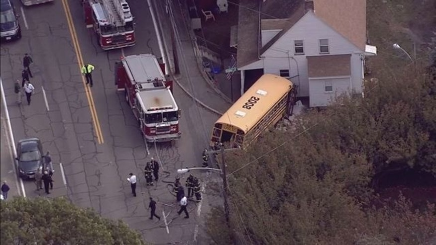massachusetts school bus crash 1025