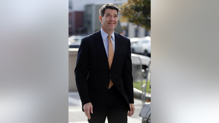 Bill Baroni, New Jersey Gov. Chris Christie's former top appointee at the Port Authority of New York and New Jersey, arrives at Martin Luther King, Jr., federal court, Wednesday, Nov. 2, 2016, in Newark, N.J. Jurors concluded their first full day of deliberations in the George Washington Bridge lane-closing case Tuesday without reaching a verdict.  (AP Photo/Julio Cortez)