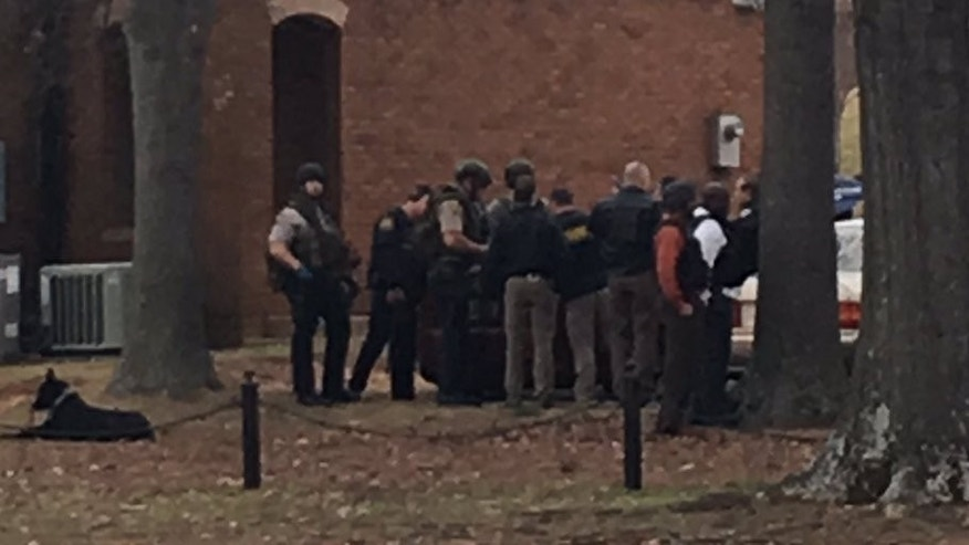 Suspect In Custody After Short Hostage Crisis At Bank In US' Alabama