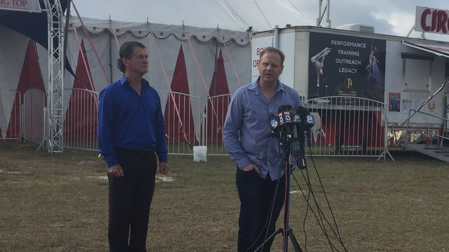 Nik Wallenda, right, with Sarasota Circus Arts Conservatory founder and CEO Pedro Reis.